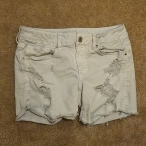 AEO Light Wash Distressed Jean Shorts
